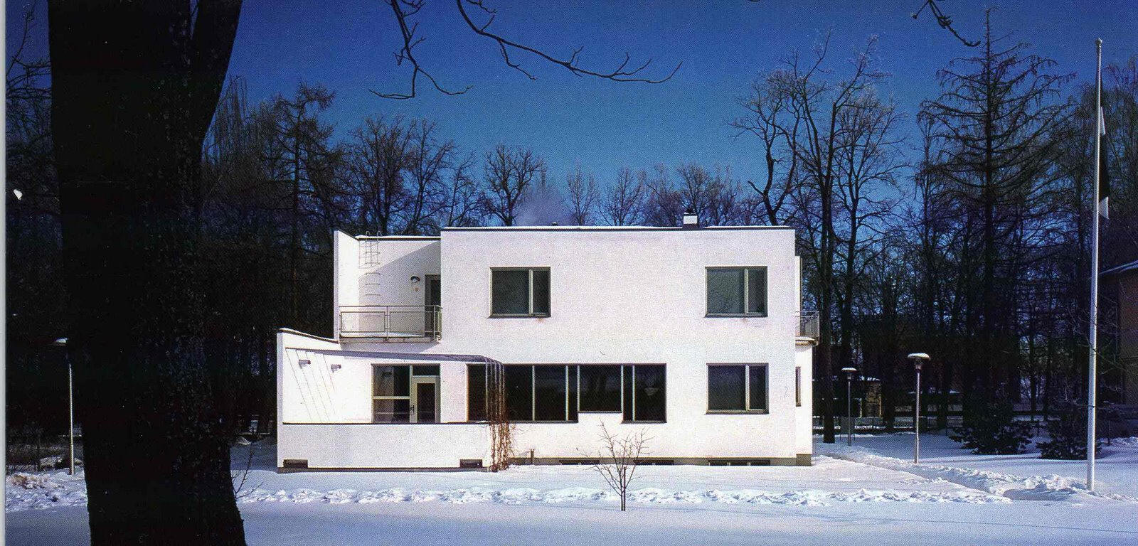 Usmodernist aalto for The aalto house