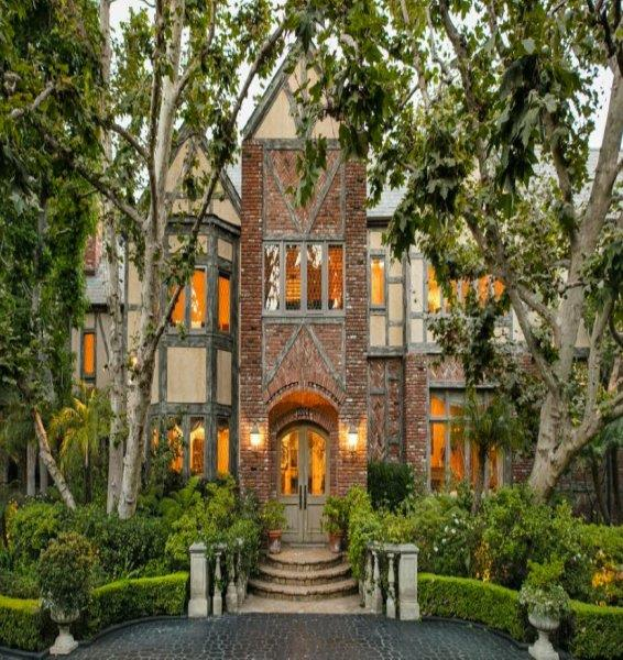 1924 The Frederick D And Katherine Parker House 713 North Alpine Drive Beverly Hills Ca Built By Gar Tyler Sold To James Haleh Mehdizadeh