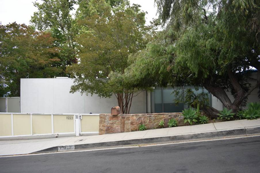 Lawrence & Mary Lou Ganahl House, A. Quincy Jones Jr. & Frederick Emmons 1959.JPG